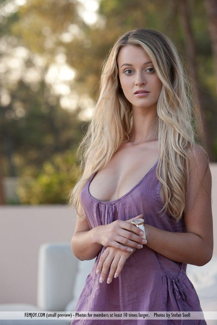 Carisha Maja una Hembra Hermosa o un Angel del Cielo., Hot Babes Naked