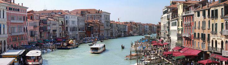 Venedig-Panorama von der Rialtobrücke aus