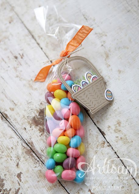 """Create an adorable Easter treat with the Basket Bunch bundle and 2x8"""" cellophane bags - both from @stampinup!  Double up on the basket cutouts to make s cute tag you can write on!"""