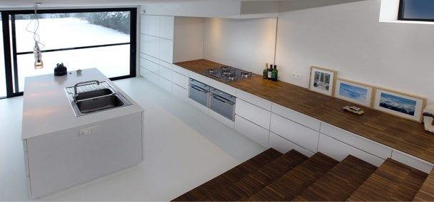 25 beste idee n over split level keuken op pinterest verhoogde bungalow keuken split - Centrale eiland houten keuken ...