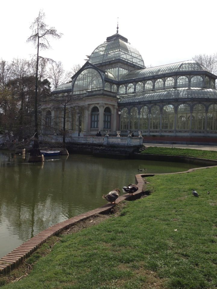 The #Parque de #Retiro is #Madrid's largest green area and a marvellous place to stroll and relax.