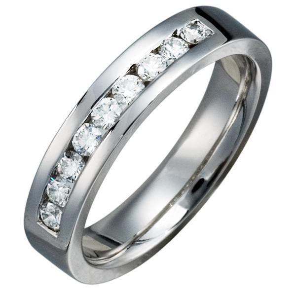 Hermoso anillo de compromiso