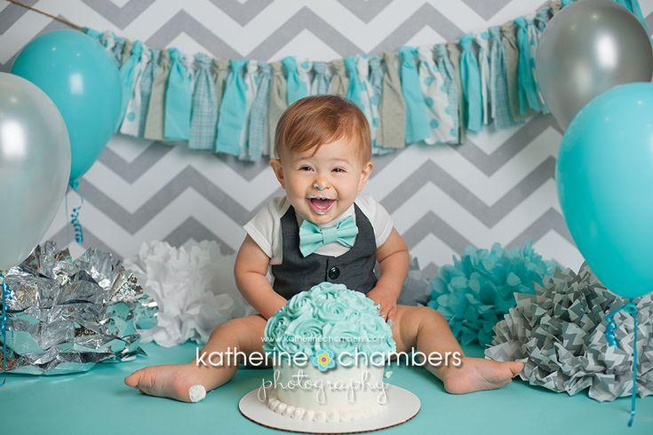 www.katherinechambers.com, Avon, OH Baby Photography, Cleveland cake smash, Katherine Chambers Photography, Aqua, silver cake smash