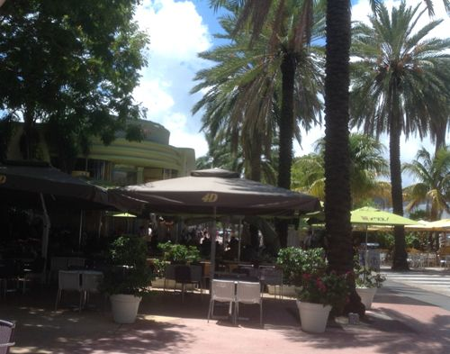 Lincoln Road cafes