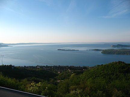 Λίμνη Γκάρντα - Βικιπαίδεια