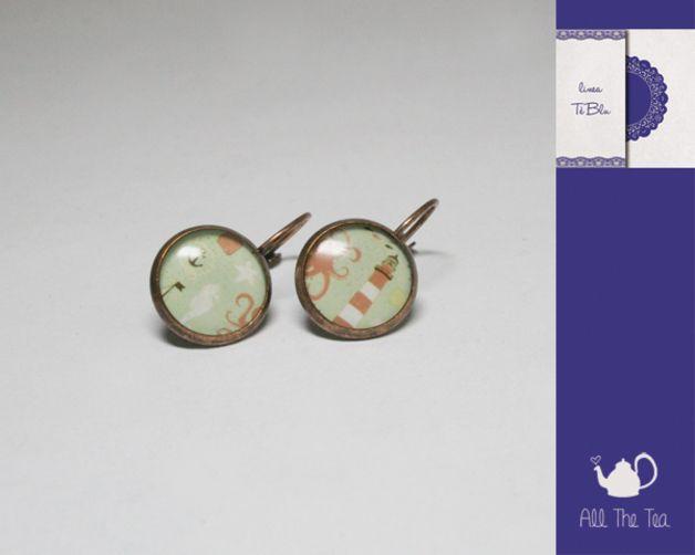 Pendenti corti - Orecchini con cammeo tondo - marino - un prodotto unico di AllTheTea su DaWanda #handmade #jewelry #accesories #DIY #ideas #gifts #vintage #unique #resin #glass #cabochon #buttons #earrings #style #indie #hipster #teaparty #tealovers #bottoni #orecchini #pendenti #resina #vetro #stile