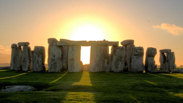 Stone Henge, England  Have always wanted to go here! Someday!