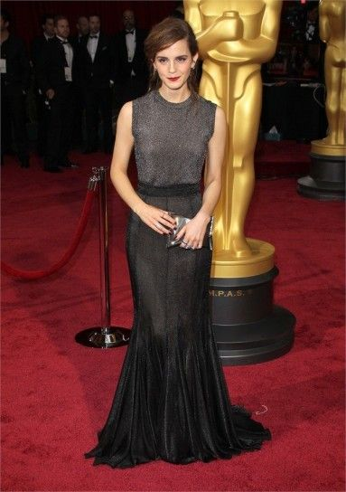 Look delle star agli Oscar 2014: Emma Watson in Vera Wang
