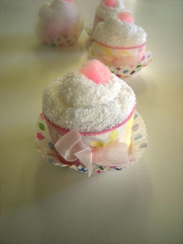Adorable Washcloth Cupcakes