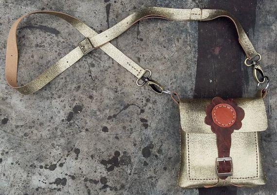 kleine gold Leder Handtasche handgemachte von MarapulaiClothing