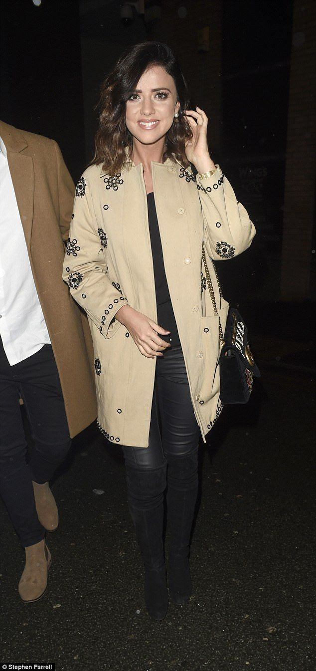 Lucy Mecklenburgh joins Ryan Thomas' family on New Year's | Daily Mail Online