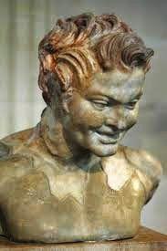 Nel mito latino, Fauno era figlio di Giove e della maga Circe. La sua sposa era Fauna, chiamata anche Fatua, antica Signora delle Belve. Fu anche identificato più tardi col Dio Quirino. Divenne poi una specie di semidio, ovvero sostituito coi fauni dei boschi che insidiavano le ninfe.