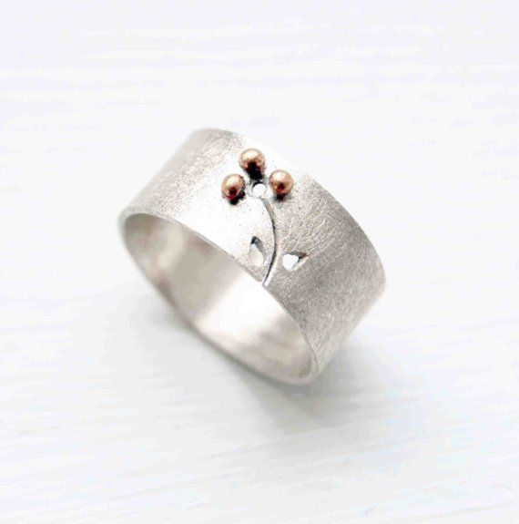 Texturized Sterling Silver Band Ring 18kt Gold by mariagotijoyas