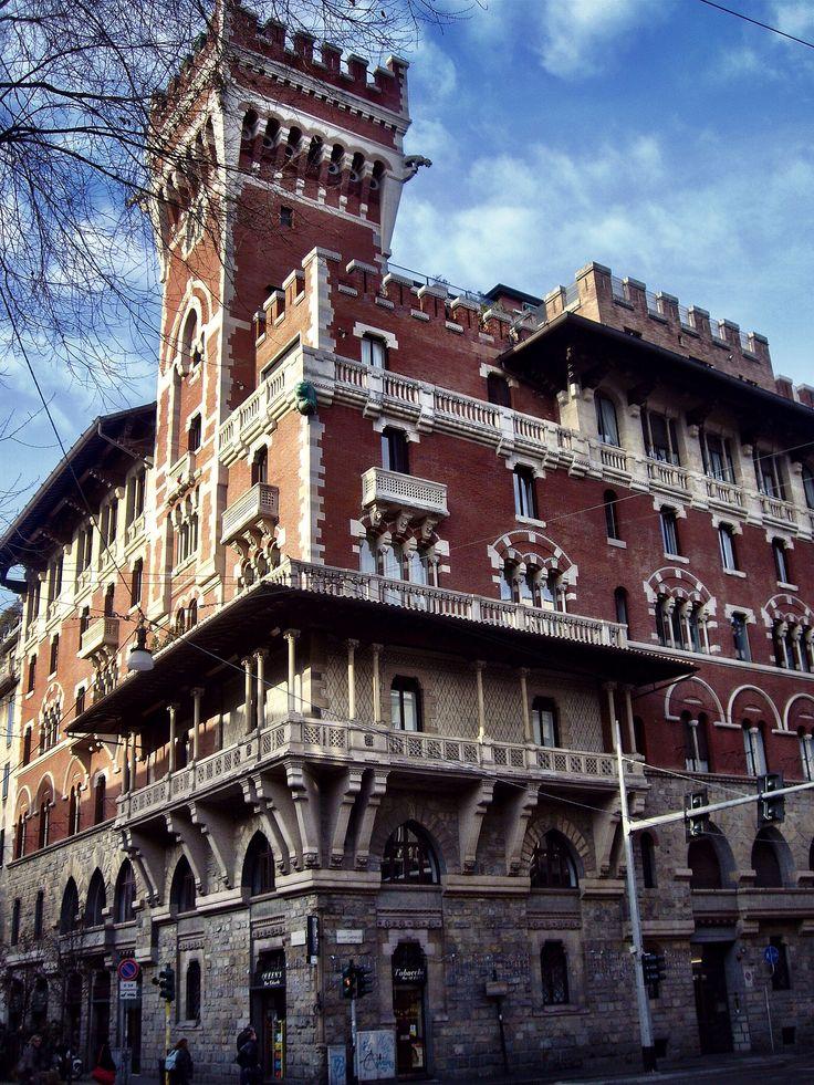 Palacio Viviani Cova, Castello Cova (Milano - Italy)