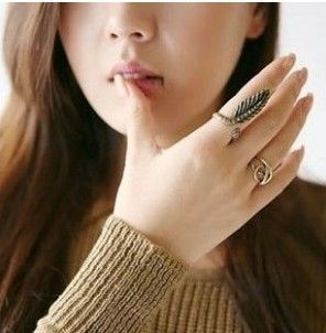 Min Order $10(Mix Order)Free Shipping!Korean Ancient mysterious purple butterfly gem set of three rings $0.65