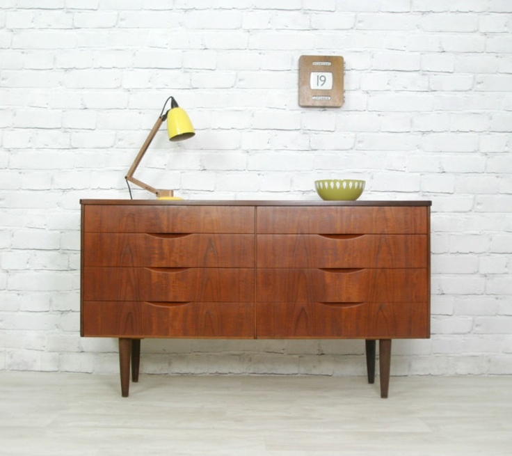danish retro vintage teak chest of drawers sideboard tv. Black Bedroom Furniture Sets. Home Design Ideas