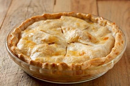 Mock Apple Pie - Made with Ritz crackers this tastes just like apple pie
