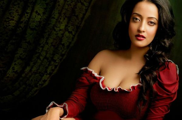 Raima Sen Latest Hot and Bold Pictures