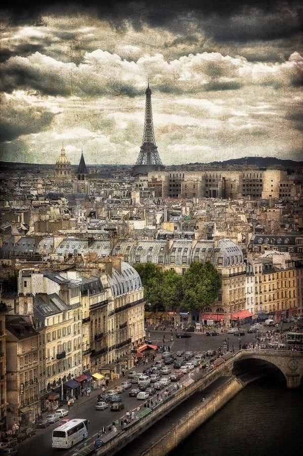 """Paris, France"" by Steve Steinmetz remind anyone else of the last episode of Castle?"
