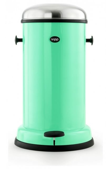 VIPP Copenhagen Green 15 Four-Gallon Pedal Bin - $319.00