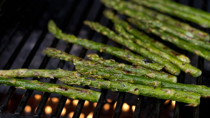 Grilled Asparagus--Add this healthy and flavorful recipe to your ...