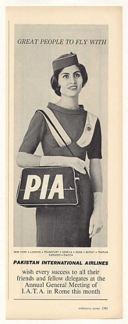 PIA Pakistan Int'l Airlines Stewardess Photo (1963)