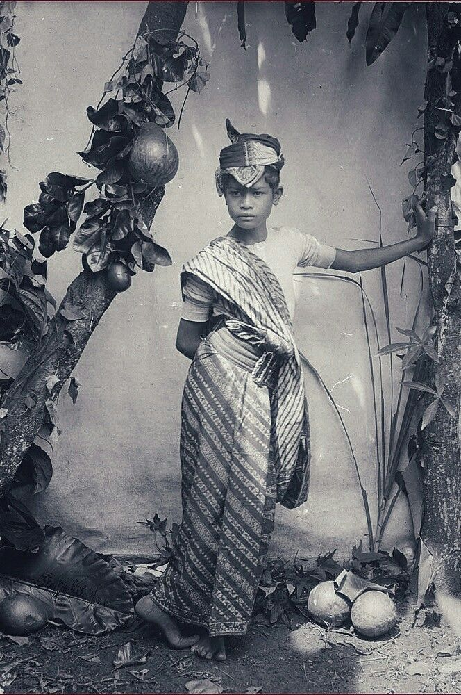 Studio portrait of a Javanese boy. 1890-1910