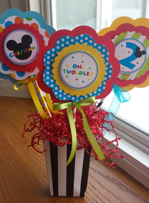Etsy の NEW XL Mickey Mouse Clubhouse Centerpiece by mlf465