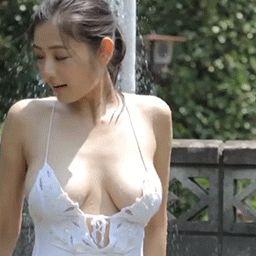 片山萌美 Moemi Katayama