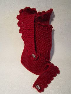 """A narrow scarf / neck warmer knit in one piece from end to end. Uses aran weight yarn and 6mm needles. Finished measurements are approximately 13"""" x 75"""" blocked. Enjoy!"""
