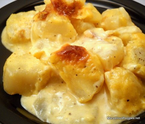 Mom's Awesome Cheesy Potatoes | Marvelous Recipes
