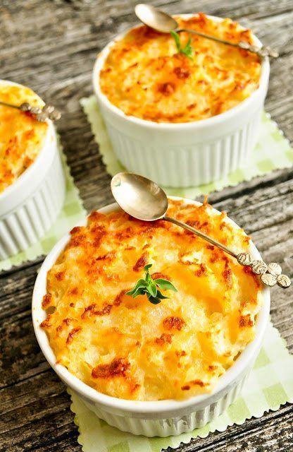Recipe For Shepherds Pie ~ Make this with cauliflower moc-mash-potatoes instead