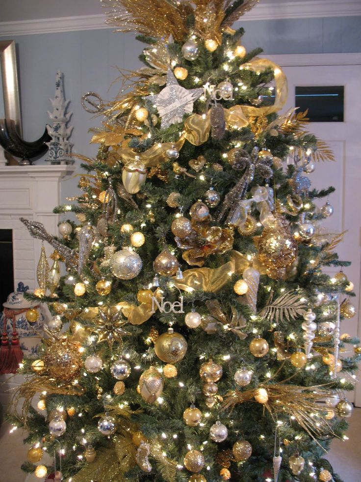 Superb Gold And Silver Decorated Christmas Trees