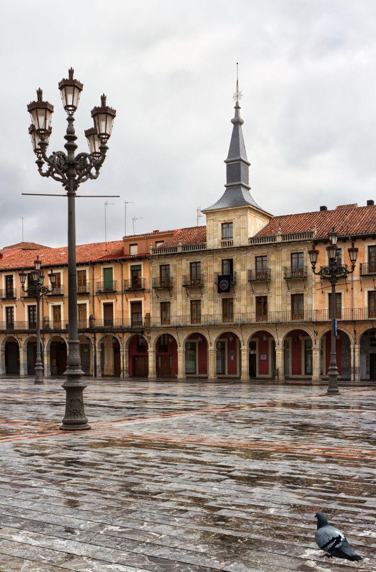 Plaza Mayor by Luis Díez Moreno on 500px
