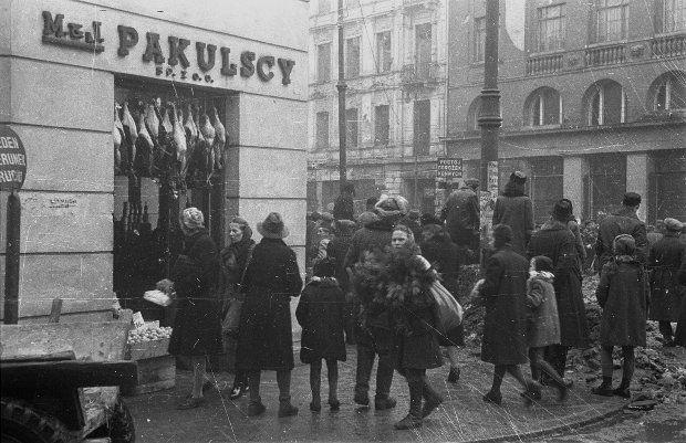 """Pakulscy i Jabłkowscy Warszawa tuż po wojnie.  1945-55"""""""