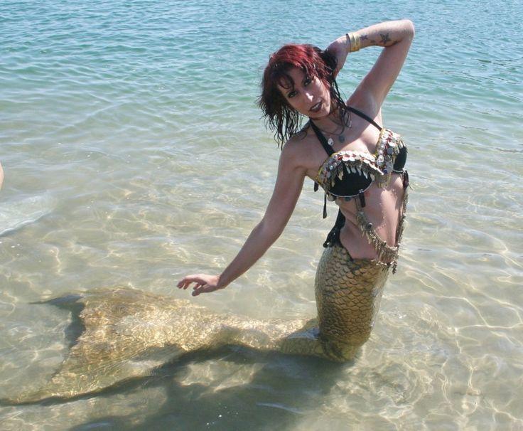 Professional Swimming Mermaid, Meridian Mer-Gyver - Mermaid Entertainment in Ontario, California