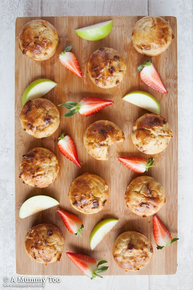 No Junk apple, cinnamon and strawberry muffins. Kid's recipe - healthy and easy for them to help make!
