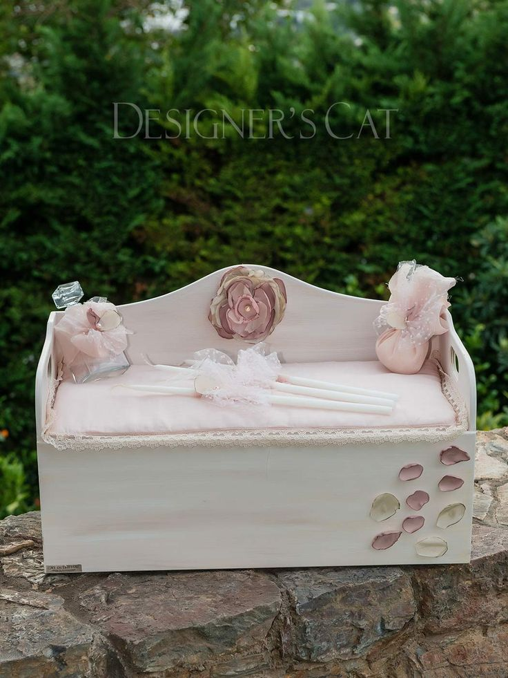 des.REANNA #Handmade #christening box of natural birch wood #vaptisi #βαπτιση #βαπτιστικοκουτι  http://www.catinthehat.gr/gia-koritsi/koutia-koritsia/kouti-reanna.html