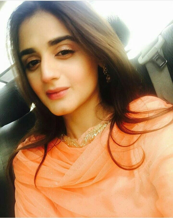 Eyes Pakistani Actress Hira Mani Beautiful Eyes