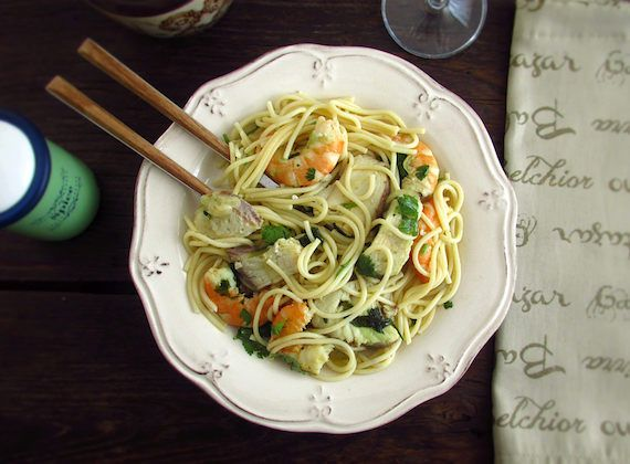 Spaghetti with dogfish and shrimp | Food From Portugal. A simple, quick and tasty recipe, spaghetti mixed with dogfish, shrimp, olive oil, garlic and onion, sprinkled with chopped coriander.  http://www.foodfromportugal.com/recipe/spaghetti-dogfish-shrimp/