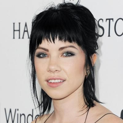 Buzzing: In Honor of Carly Rae Jepsen's 30th Birthday 17 Times Her Bangs Made Us Want to Break Out the Scissors #fashion