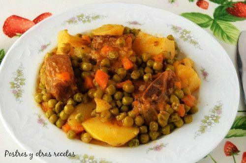 """Carne guisada con patatas y guisantes Su receta en el blog """"Postres y otras recetas"""""""