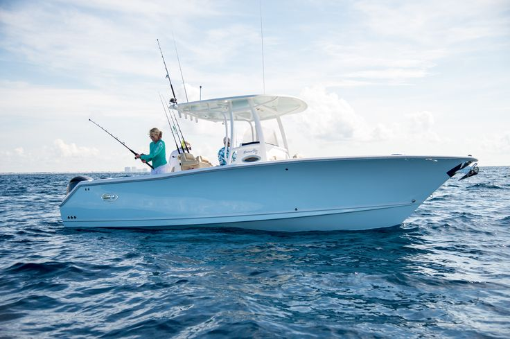 19 best ultra 225 2015 images on pinterest for Best boat for fishing and family