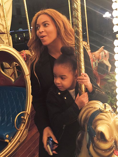 Beyoncé and Blue Ivy on vacation in Italy