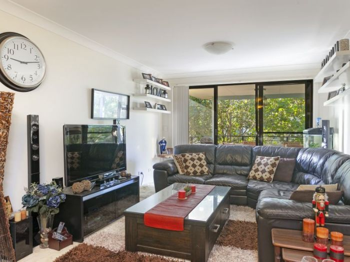 LJ Hooker Freshwater - For Sale - 16/1-3 Funda Place Brookvale - 1 Bed, 1 Bath, 1 Car - Modern, Spacious And Central - Contact John 0419 221 002