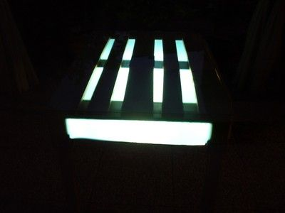 eco table in euro pallet with light and solar panel