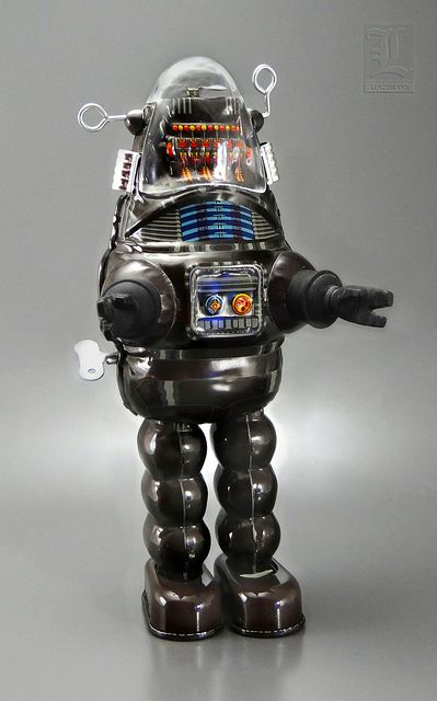 ROBBY THE ROBOT - tin toy wind-up by BILLIKEN | Flickr - Photo Sharing!