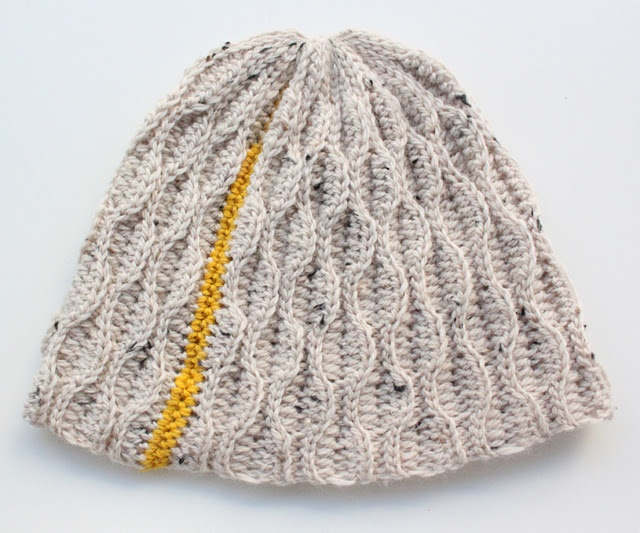Crochet beanie hat by Jeanette Bøgelund