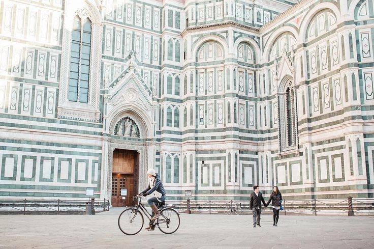 Romantic photoshoot in Florence.