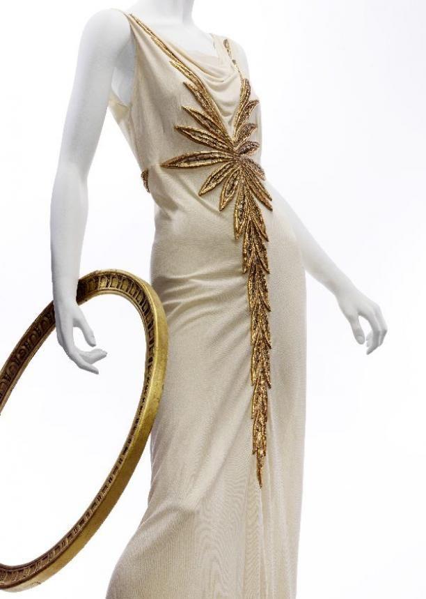 Evening dress den haag embassy
